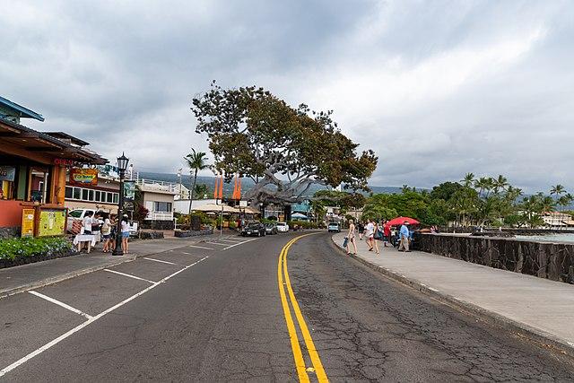 Ali'i Drive, Kailua-Kona, big island Hawaii shaka guide south island epic coastal journey driving tour