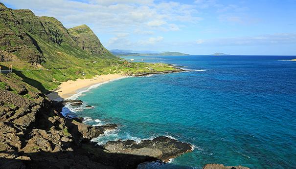 Drive and Sightsee Around Oahu Shaka Guide