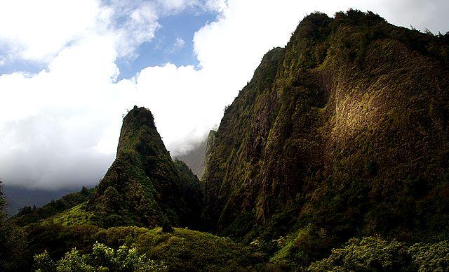 Iao Valley State Park, West Maui Coastline Tour